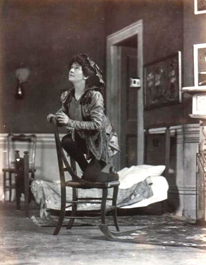 Nina Boucicault playing Peter Pan in 1904